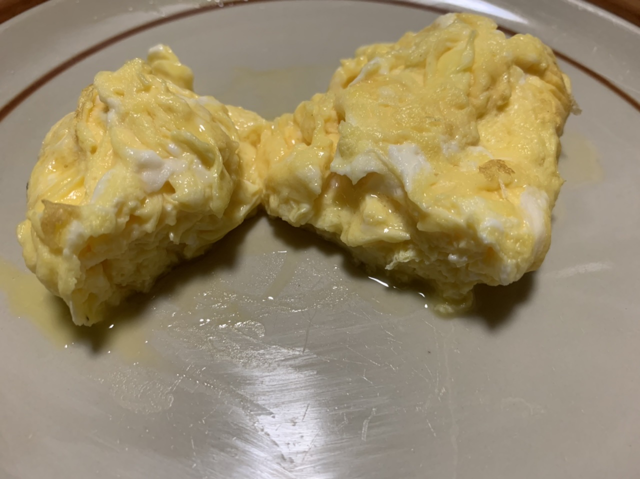 春ノ嶺30秒クッキング 卵焼き器不使用で厚焼き卵っぽい形状でスクランブルエッグみたいな食感の出る厚焼き卵でもスクランブルエッグでもない何かの挿絵3